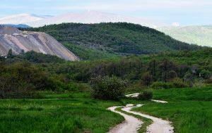 Pogled na Crni Vrh kod Bora.